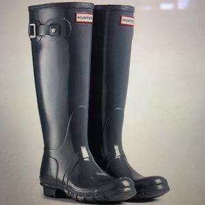 Hunter Tall Rain Boots in Graphite